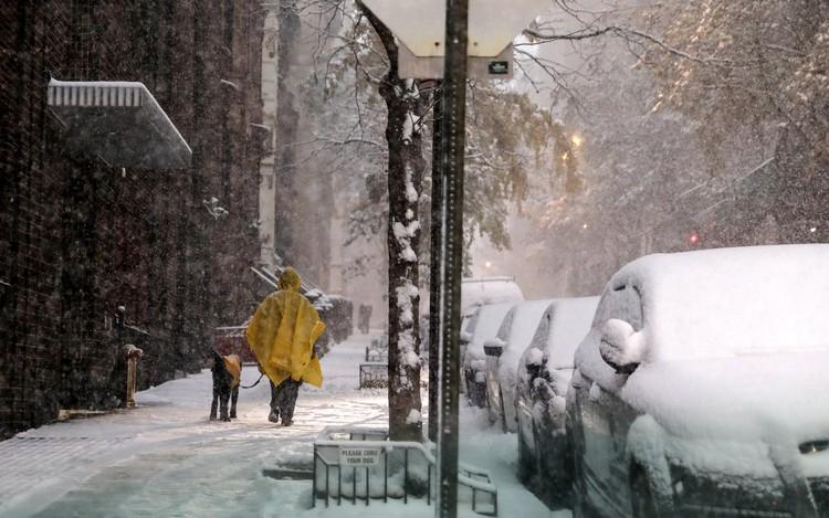 Властям пришлось закрыть вход в автобусный терминал на Манхэттене