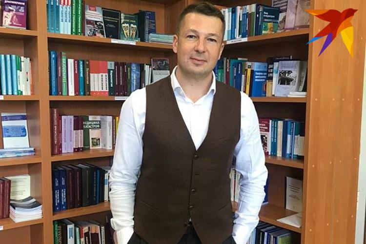 Всегда стильный профессор Прощаев консультирует по вопросам старения и долголетия в СНГ и Европе. Фото: Личный архив