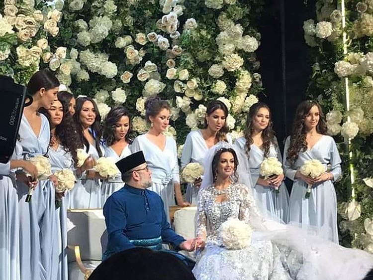 Соседи только и обсуждают прошедшую свадьбу. Фото: Instagram.com