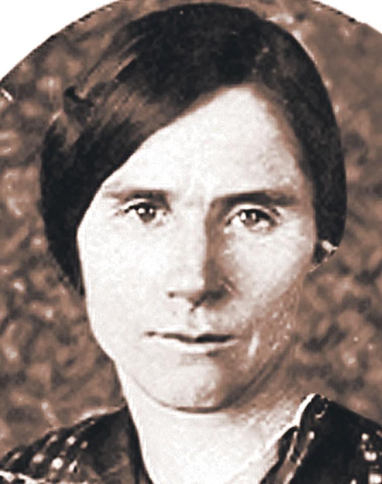 Лидия Перепрыгина... Был ли у нее незаконный сын от будущего «отца народов»? Фото из книги.