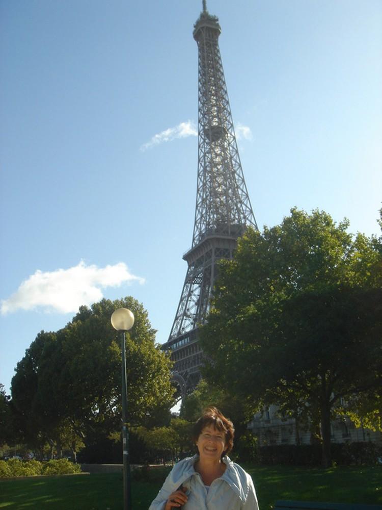 В этом году Нина Томилова побывала во Франции в четвертый раз. Фото: из семейного архива.