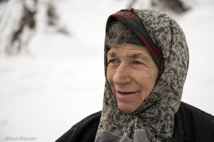 Я не одна, со мной Троеручица-помощница, говорит бабушка. Фото: Светлана КАЗИНА.