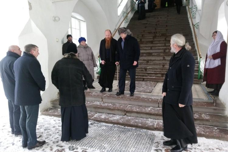 Никита Михалков, младший брат Андрея Кончаловского, приехал на венчание звездной супружеской пары в Псков 20 января 2019 года. Фото: Псковская лента новостей.