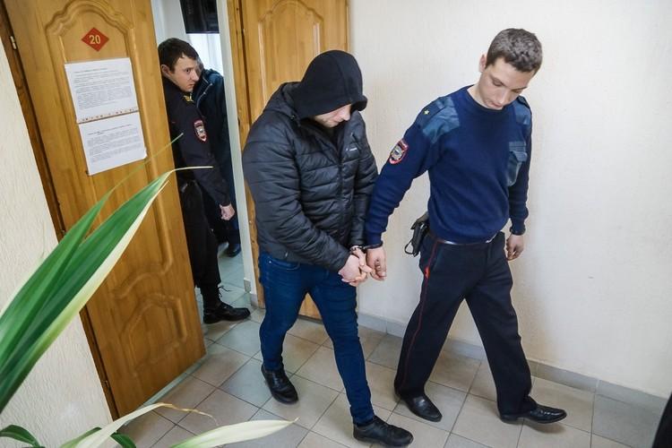 Обвиняемые согласны не со всеми доводами Олега Бузина