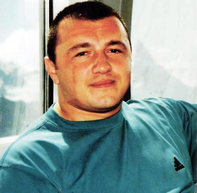 По оперативной информации, Рауф Арашуков заказал убийство начальника службы безопасности генерала Хапсирокова Али Афаунова.