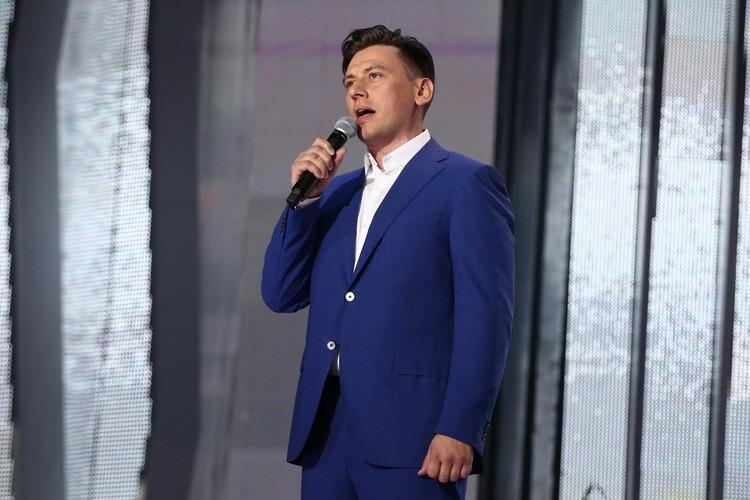 Руслан Алехно давно приезжает в Беларусь, как зарубежная звезда.