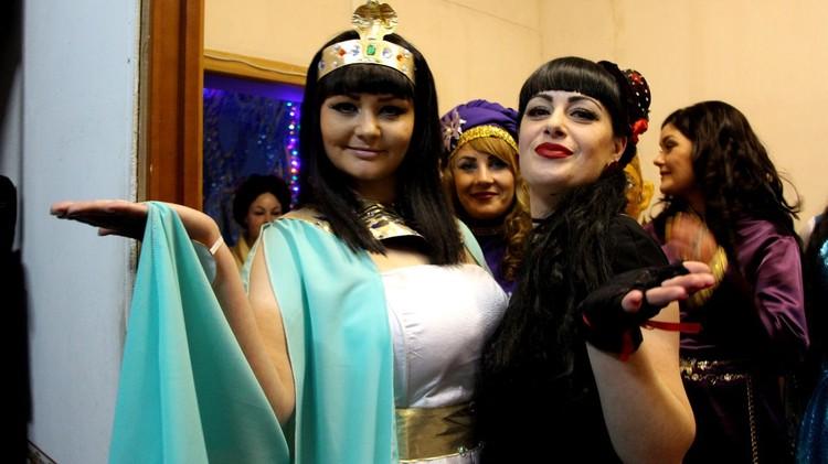 Клеопатра и Кармен во всей красе