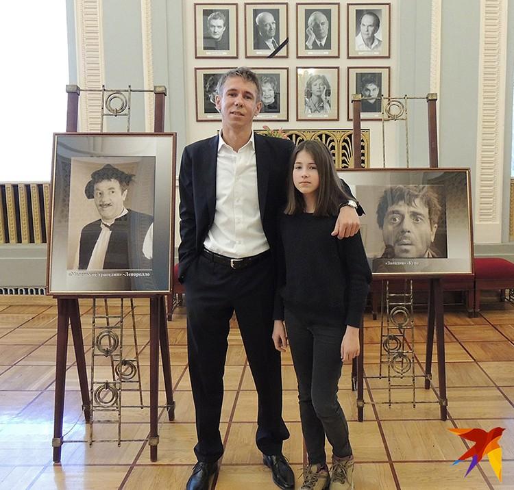 Пришел на прощание актер Алексей Панин, который играл с Этушем в антрепризном спектакле «Неаполитанские страсти»