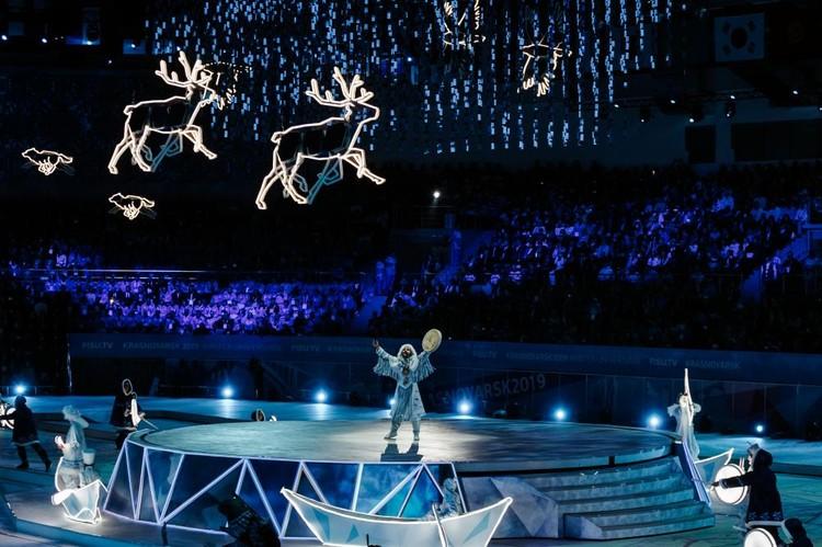 Церемония открытия потрясла всех! Десятки фото и видео тут же разлетелись по всему миру. Фото: Follow Up Siberia