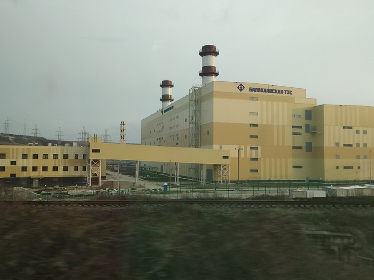 В Крыму построили две новые электростанции