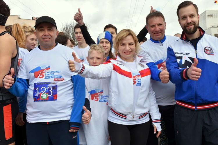 Министр спорта Крыма тоже участвовала в забеге