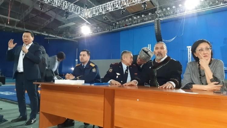 Мэр Якутска Сардана Авксентьева инициировала внеплановые проверки городских предприятий, привлекающих на работу мигрантов.
