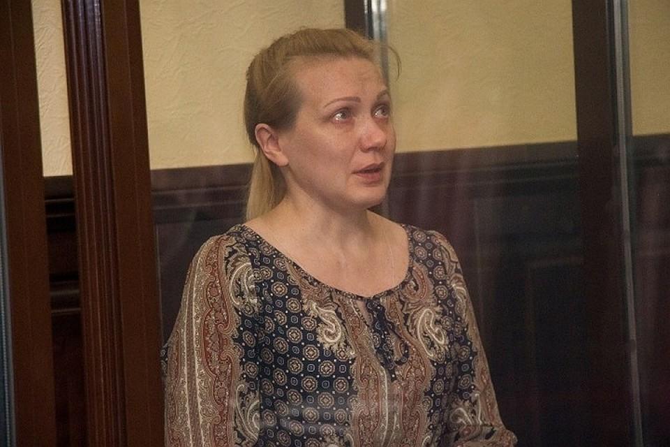 Родственники погибших надеются, что фигурантка дела о пожаре Юлия Богданова расскажет, кто виноват в трагедии Фото: Кирилл ЧАЩИН