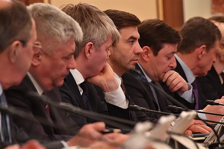 Еще будучи министром, Абызов признавался самым богатым членом правительства
