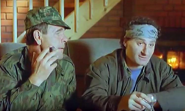 """Актеры мечтали снять продолжение комедии - """"20 лет спустя"""", пока все живы, но не успели. Теперь новой """"Охоты"""" не будет."""