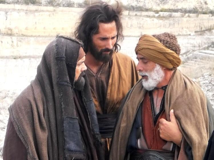 залим Мирзоев - в сцене с апостолом Петром (слева) я чуть было не совершил ошибку. Фото: из архива Залима Мирзоева