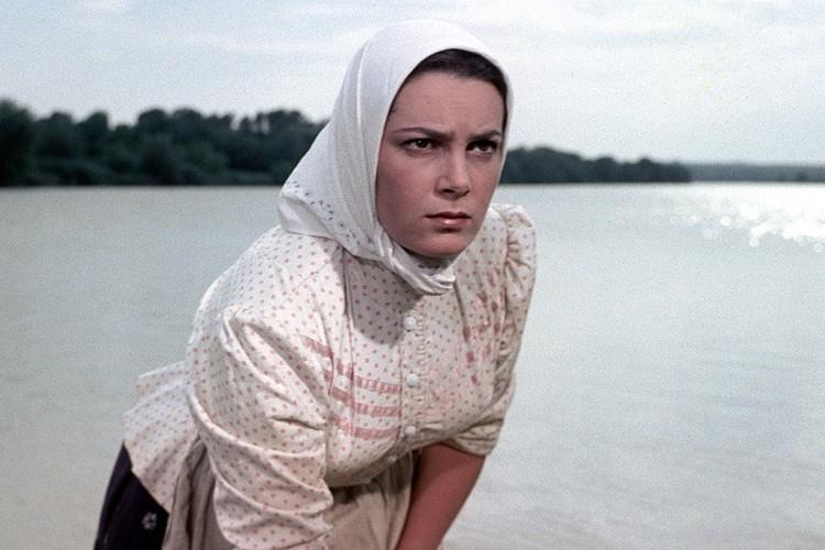 Роль Аксиньи стала главной в карьере актрисы.
