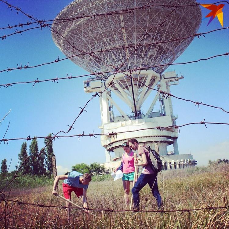 """Журналисты """"КП"""" искали могилку гуманоида Алешеньки в Крыму"""