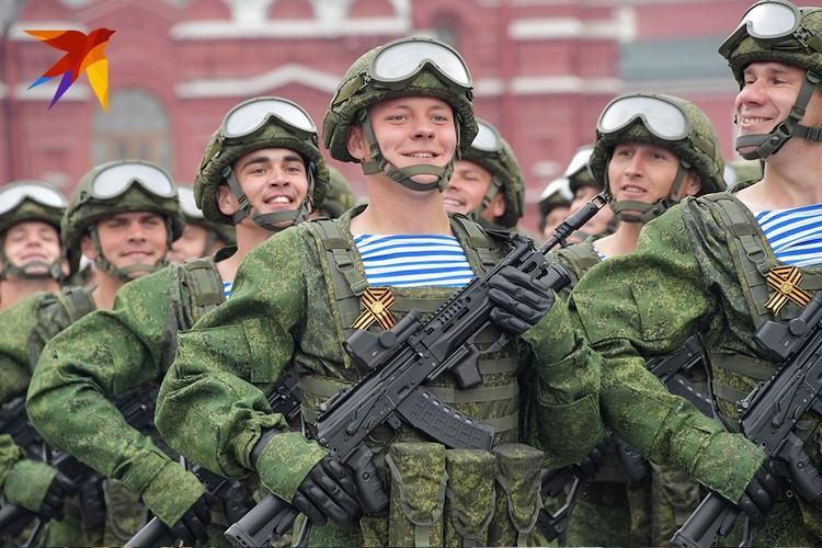 Молодые, улыбающиеся лица солдат и курсантов тронули многих