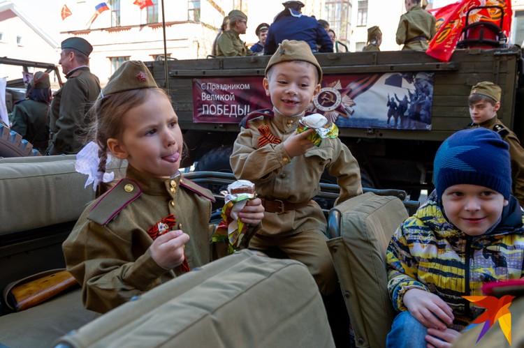 Акция Бессмертный полк в Петербурге