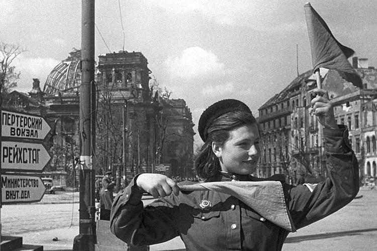 Хозяйка Бранденбургских ворот. Фото: личный архив семьи Овчаренко