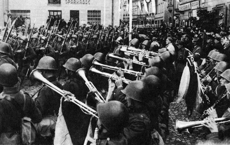 В 1938-м под шумок Польша заняла Тешенскую область