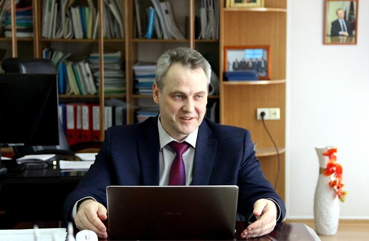 Врио ректора АлтГУ, доктор экономических наук, профессор Сергей Бочаров. Фото из архива вуза.