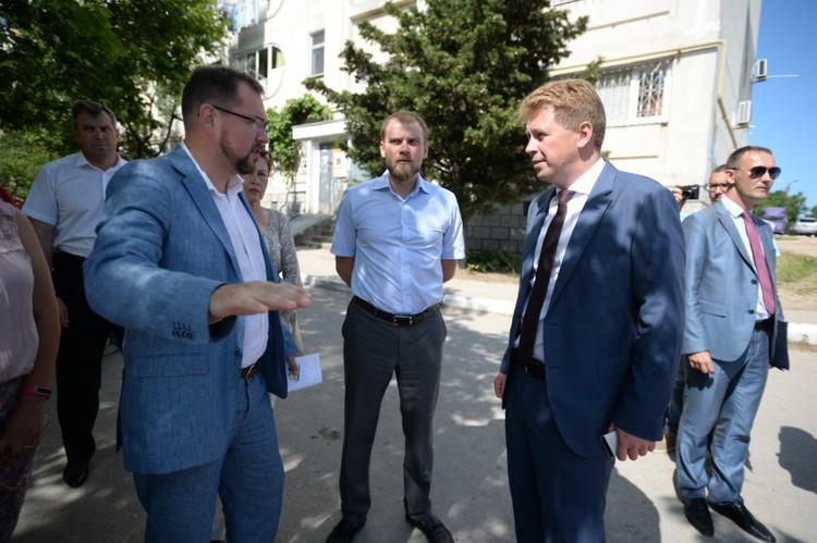 Как будет ремонтировать крыши в Севастополе, Максим хорошо рассказывал Дмитрию Овсянникову. Правда, когда цифры показали, насколько трудолюбив Рудь, его уволили.