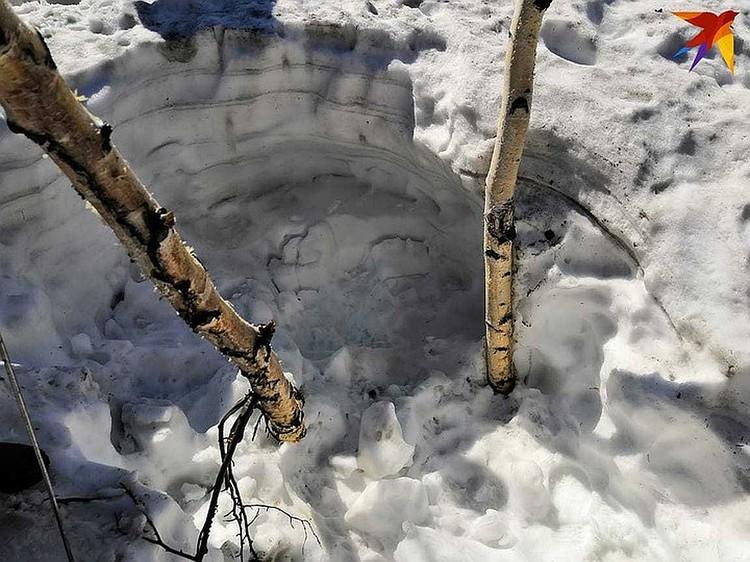 Здесь нашли тело Дмитрия. Это метрах в 120 от Артёма.