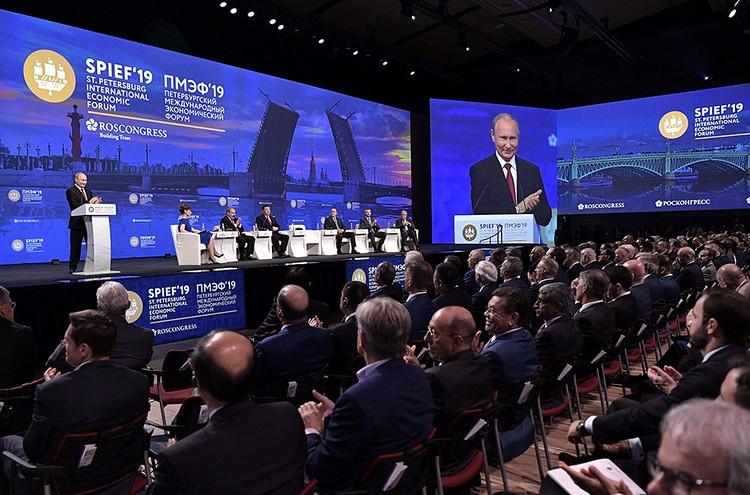 Путин напомнил, как далеко заходят санкции и насколько они вредят людям