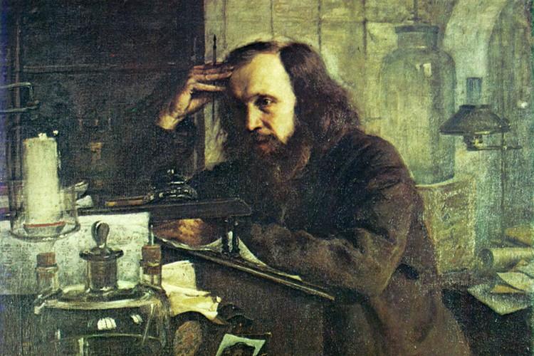 Не посвяти Менделеев всю жизнь науке, он мог бы неплохо зарабатывать изготовлением чемоданов. Фото: Wikipedia