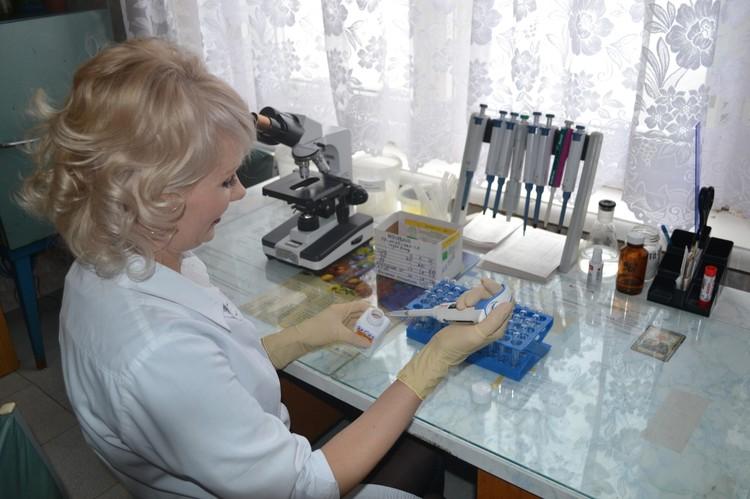 Фельдшер-лаборант клинико-диагностической лаборатории ЦРБ Инна Васильевна Сухорева