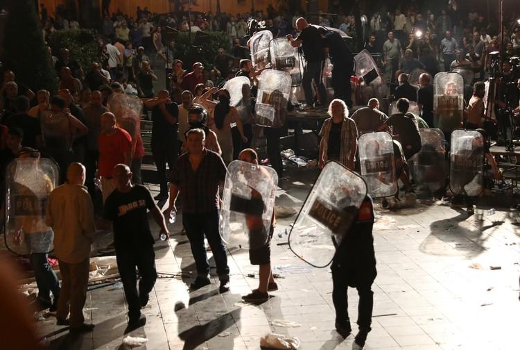 20 июня у парламента Грузии вспыхнули беспорядки
