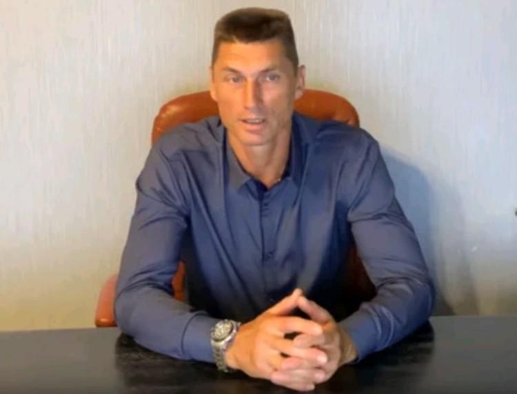 Муж сводной сестры полковника Захарченко Владимир Разгонов.