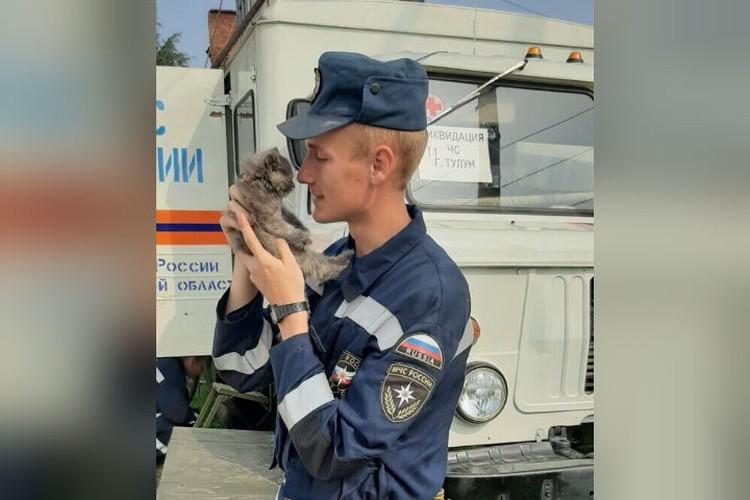Спасенные зверушки обретут новые дома у курсантов МЧС в Красноярске