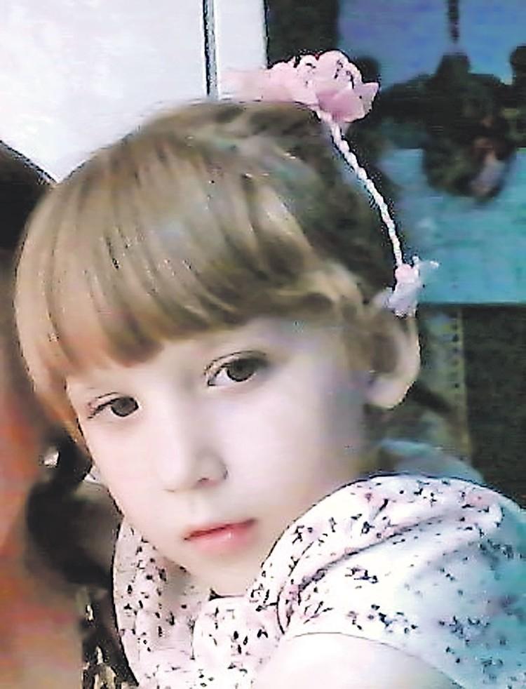 У семьи есть надежда, что Эвелина сможет ходить сама. Фото: ok.ru