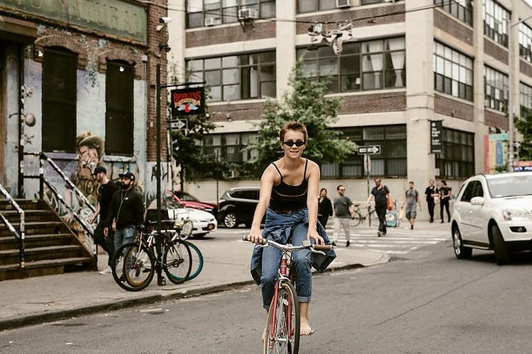 В последнее время Ника жила в Нью-Йорке.