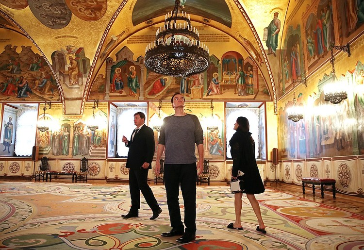 Квентин Тарантино во время экскурсии по Кремлю. Фото: Валерий Шарифулин/ТАСС