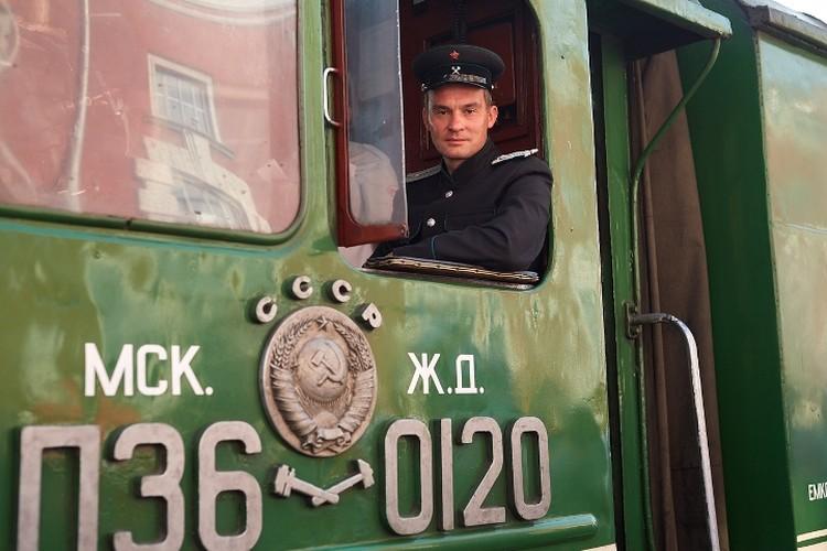 Сегодня «Поезд Победы» отправился по маршруту «Курск – Поныри»