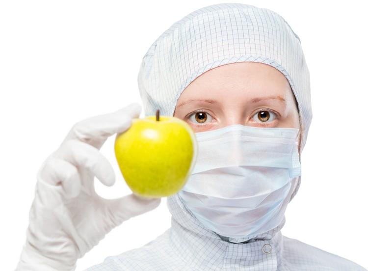 Яблоки, как и любые другие фрукты, нужно употреблять только в качестве десерта. То есть после приема пищи