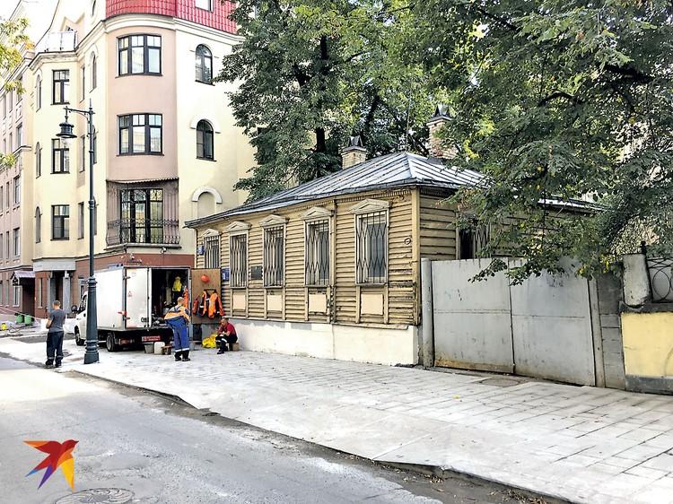 Не просто дом, а литературный герой. Его увековечил Булгаков в «Мастере и Маргарите».