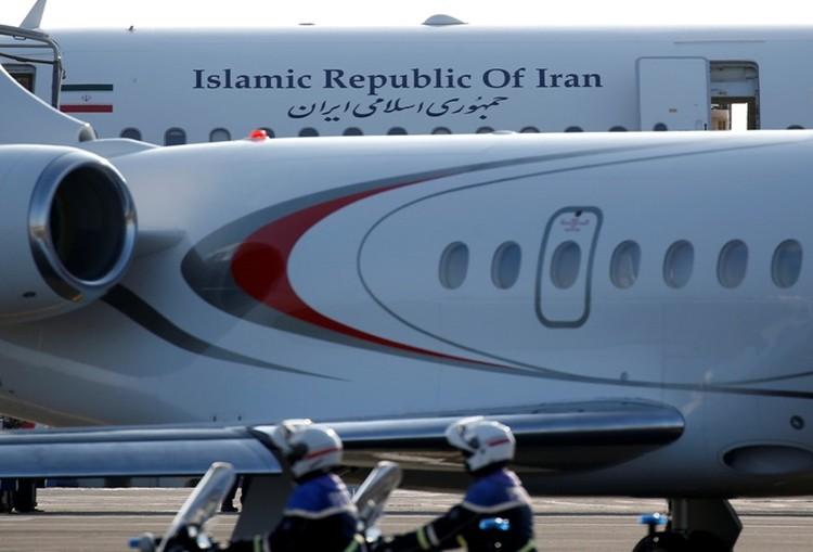 Правительственный самолет Ирана в аэропорту Биаррица