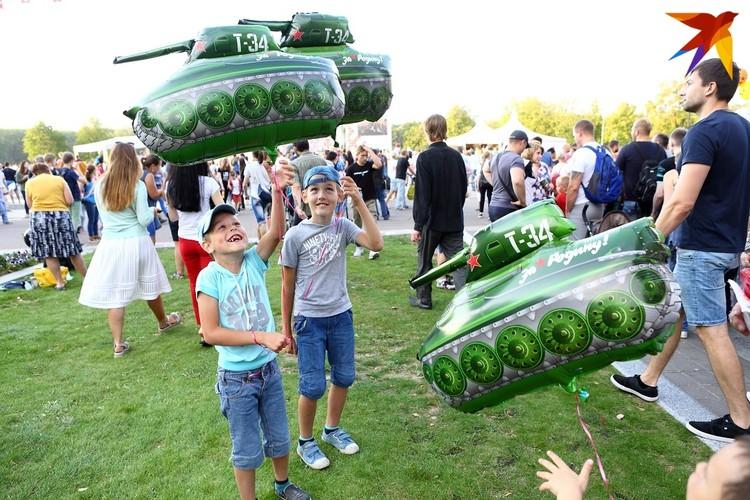 В этом году фестиваль объединит сразу два праздника, которые раньше проводились порознь, - «День Танкиста» и WG Fest.