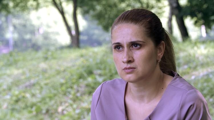 Мама сестер Аурелия Дундук.
