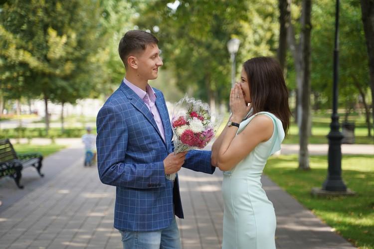 Одна знакомая вышла замуж после трех встреч с парнем из приложения.