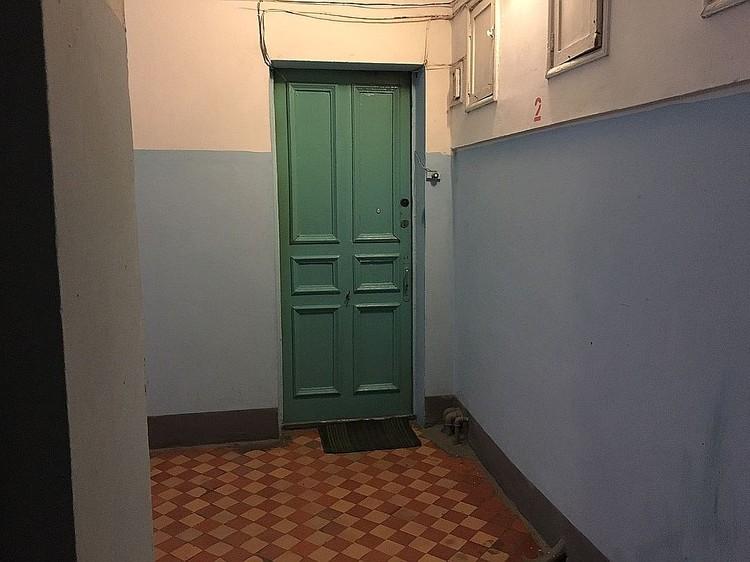 По версии следствия, последние несколько лет за этой дверью творился настоящий кошмар