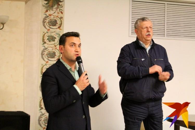 Ведущим встречи с Михаилом Борисовым стал актер Театра драмы Тарас Кузьмин