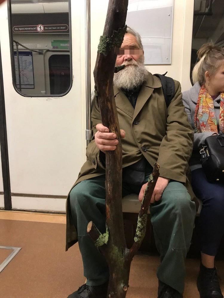 Вот такой необычный пассажир пришел на открытие Фрунзенского радиуса.
