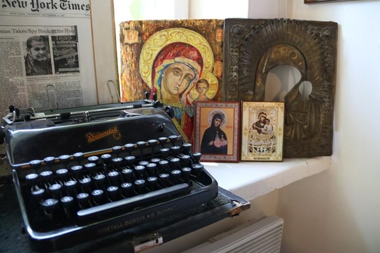 Юлиан Семенов всегда верил в Бога и не скрывал это.