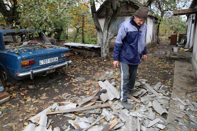Последствия обстрела поселка Еленовка в Донецкой области 7 октября 2019 года. Фото: Валентин Спринчак/ТАСС